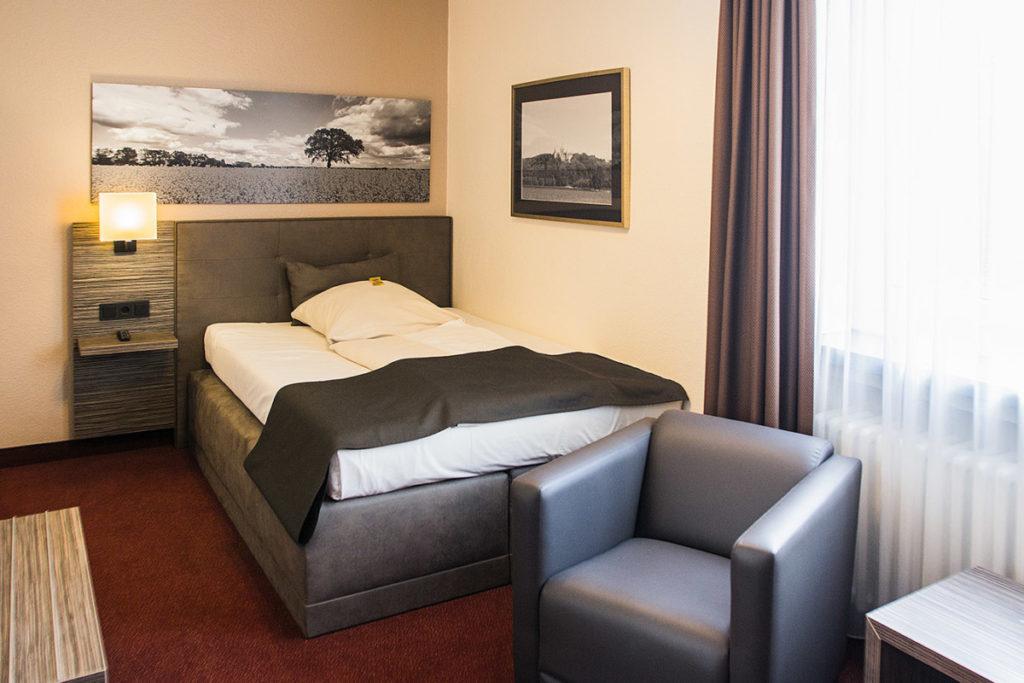 Modernes Einzelzimmer im Parkhotel Ahrbergen